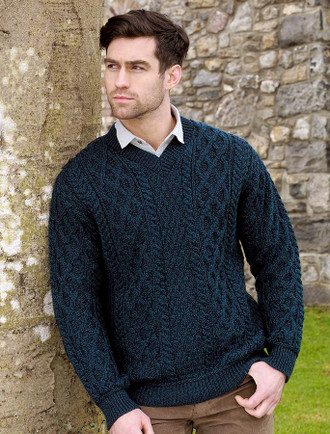 Merino V-Neck Aran Sweater - Blackwatch