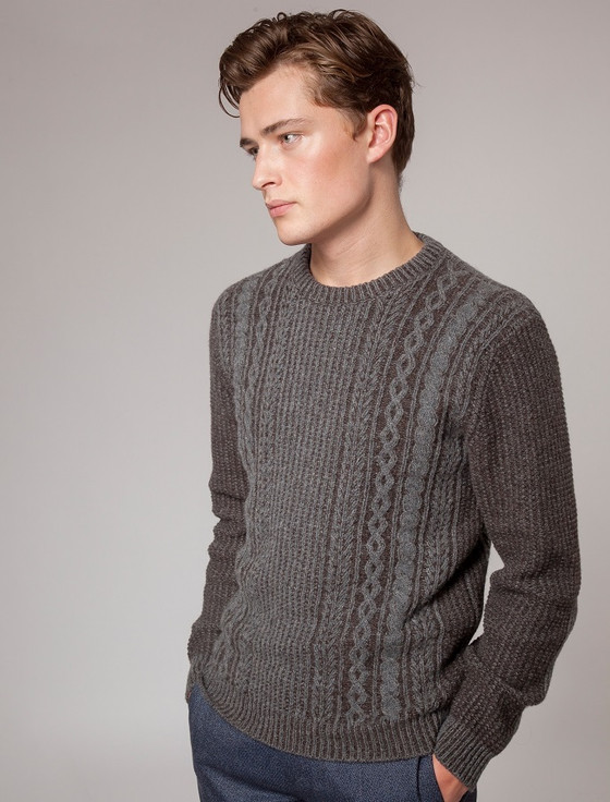 Aran Crew Neck Sweater - Grey Peat