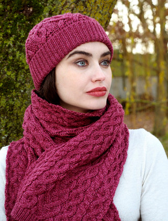 Super Soft Heart Design Aran Scarf - Magenta
