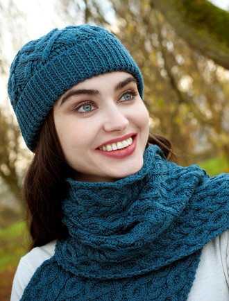 Super Soft Heart Design Aran Hat - Teal