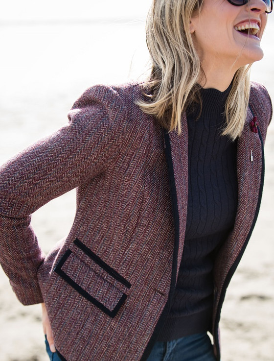 Mairéad Tweed Blazer – Plum Berry Herringbone