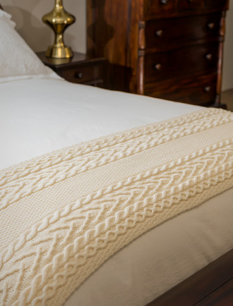 O'Sullivan Clan Aran Bed Runner