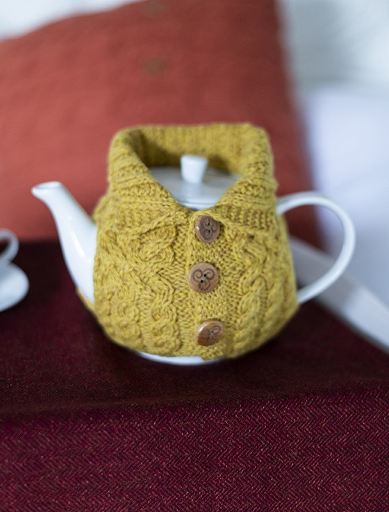 Aran Cable Knit Tea Cosy With Buttons  - Sunflower