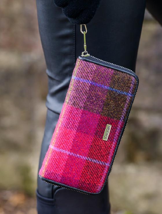 Mucros Tweed Purse - Pink Plaid