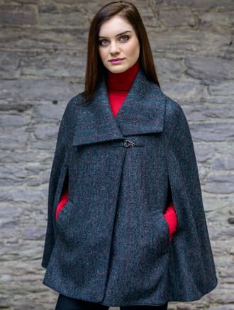 Mucros Kenmare Cape - Charcoal With Red