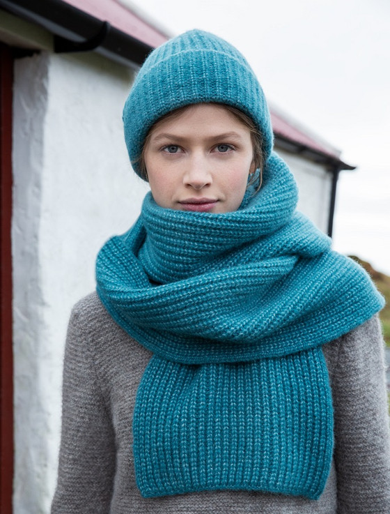 Women's Extra Soft Ribbed Wool Hat - Turquoise