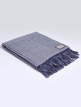 Lambswool Throw - Atlantic Houndstooth