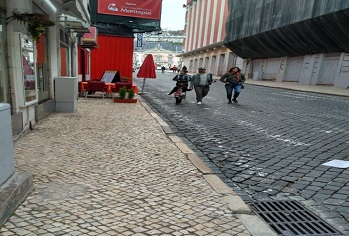 private-accessible-lisbon-guided-tour006.jpg