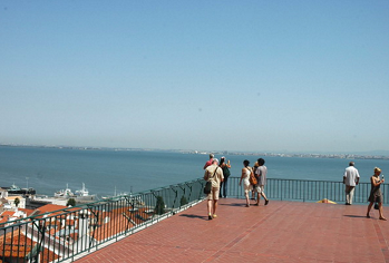 private-accessible-lisbon-shore-excursion017.png