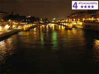 Accessible 2.5 hour Paris Seine River Dinner Boat Tour