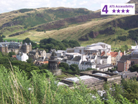 Private Accessible 4 hour Royal Mile, Holyrood Palace and Scotch Whisky Experience Tour