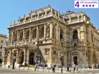 Private Accessible 3 hour Budapest Guided Tour
