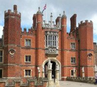 Private Accessible 7 hour London and Hampton Court Palace Driving tour