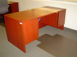 Used-Inventory 20080125-Lacasse 70 Series Desks