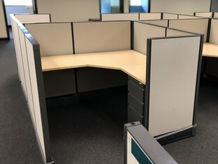 (PO-SYS-0003) Herman Miller Cubicles 5' x 5'