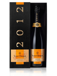 Veuve Clicquot Vintage 2012 In Veuve Box (75cl)