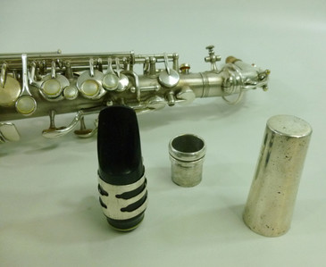 KING VINTAGE USA c.1924 ALTO SAXOPHONE - REFURBISHED