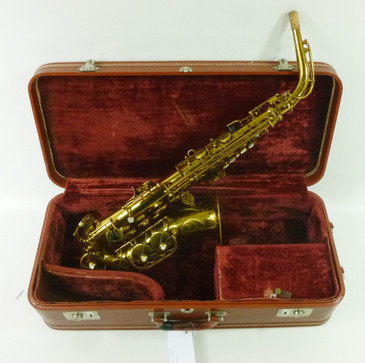 Super Curly Woodwind Saxophones Clarinets Flutes For Sale Home Interior And Landscaping Analalmasignezvosmurscom