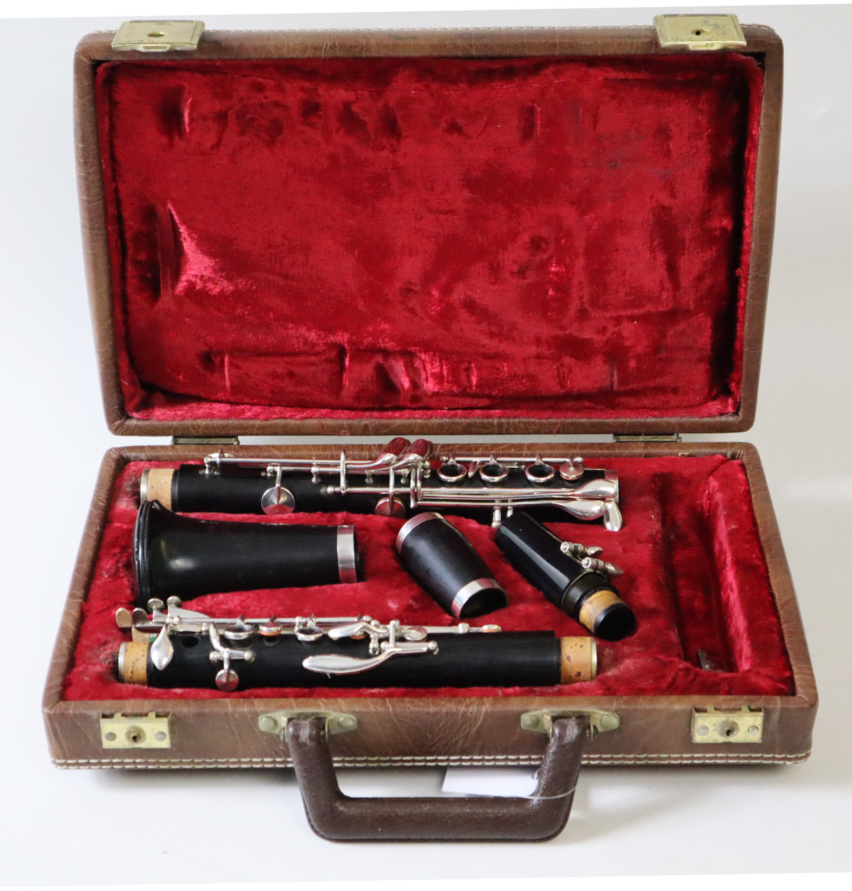 BOOSEY AND HAWKES IMPERIAL 926 Bb CLARINET - REFURBISHED