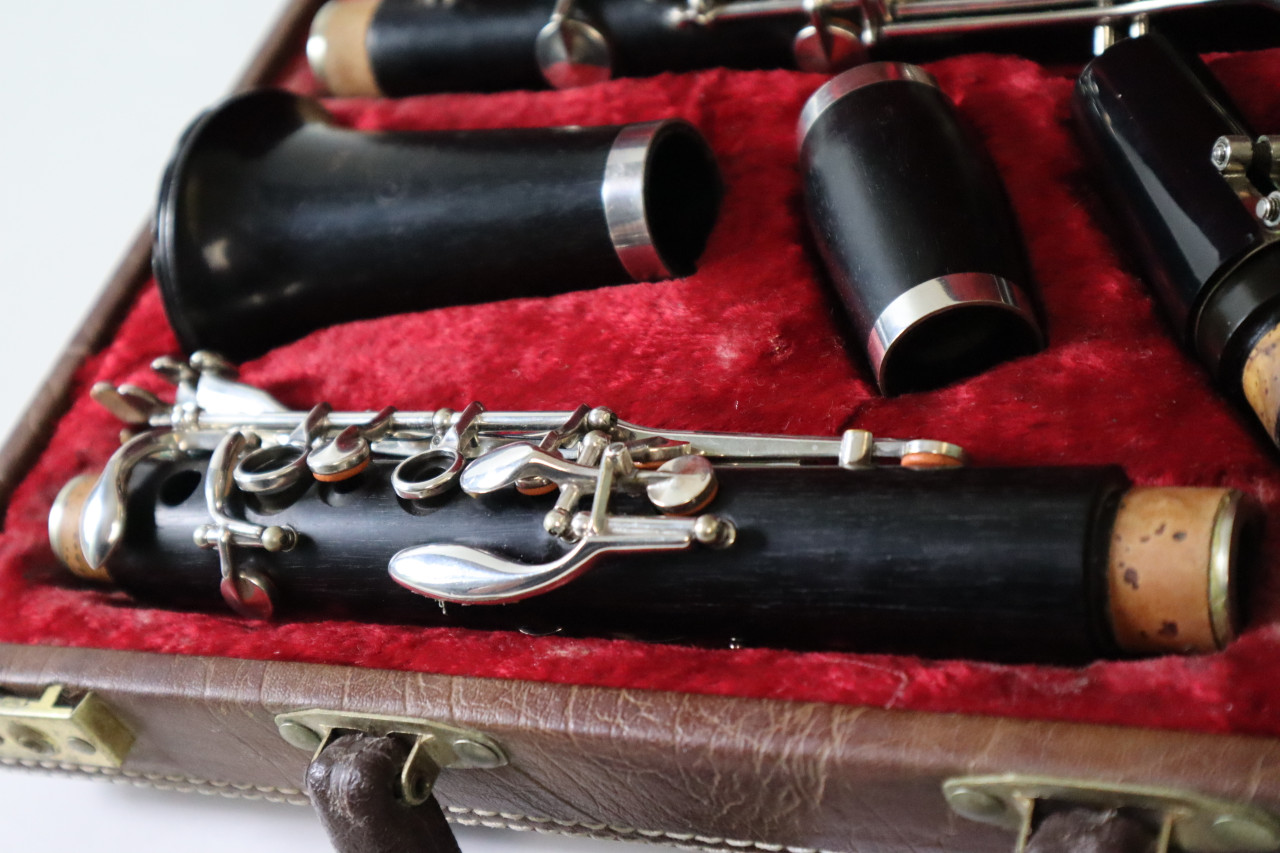 BOOSEY AND HAWKES IMPERIAL 926 Bb CLARINET - REFURBISHED 1