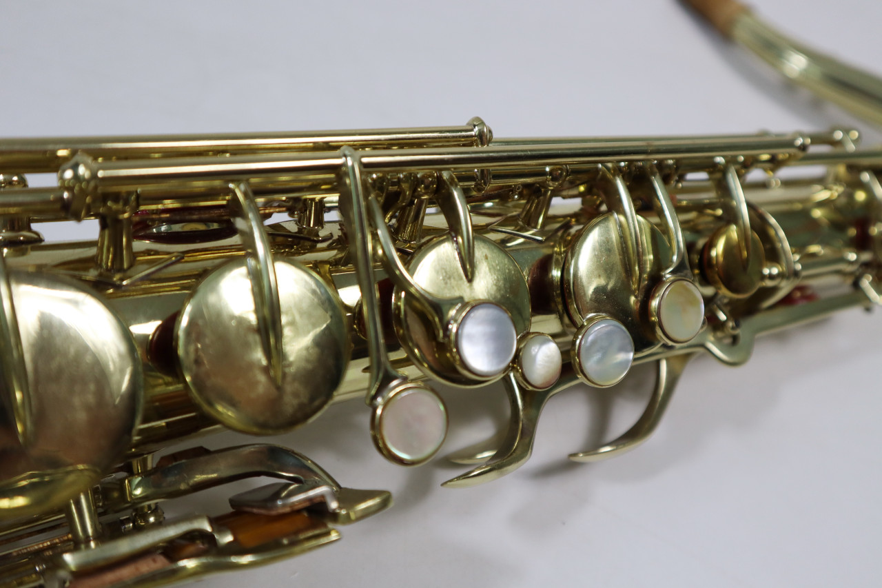 "BUESCHER ARISTOCRAT ""BIG B"" TENOR SAX c. 1945 - REFURBISHED 10"