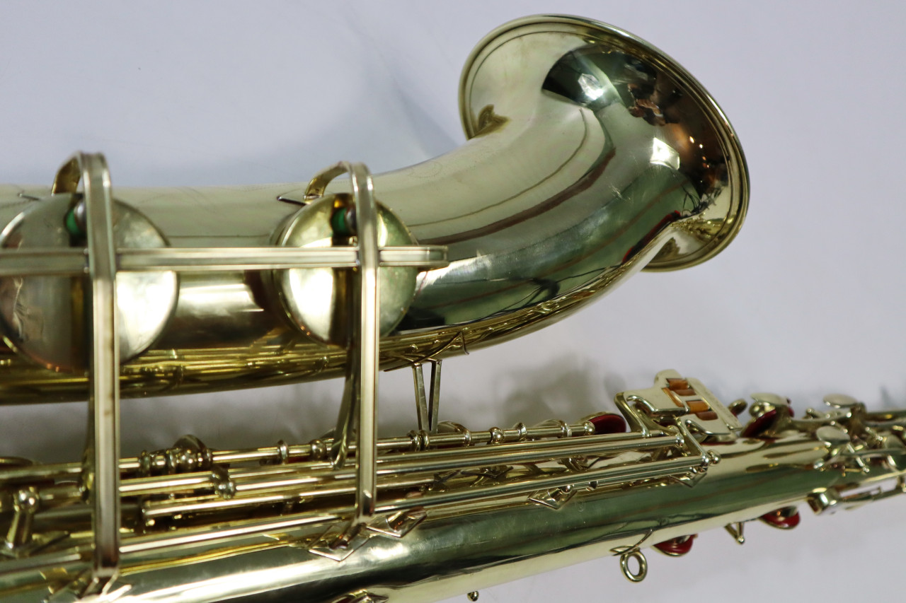 "BUESCHER ARISTOCRAT ""BIG B"" TENOR SAX c. 1945 - REFURBISHED 14"