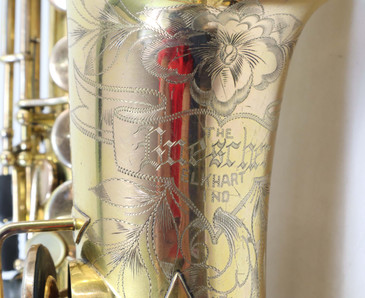 BUESCHER TRUETONE GOLD PLATED SERIES II ALTO SAXOPHONE c. 1925 - REFURBISHED