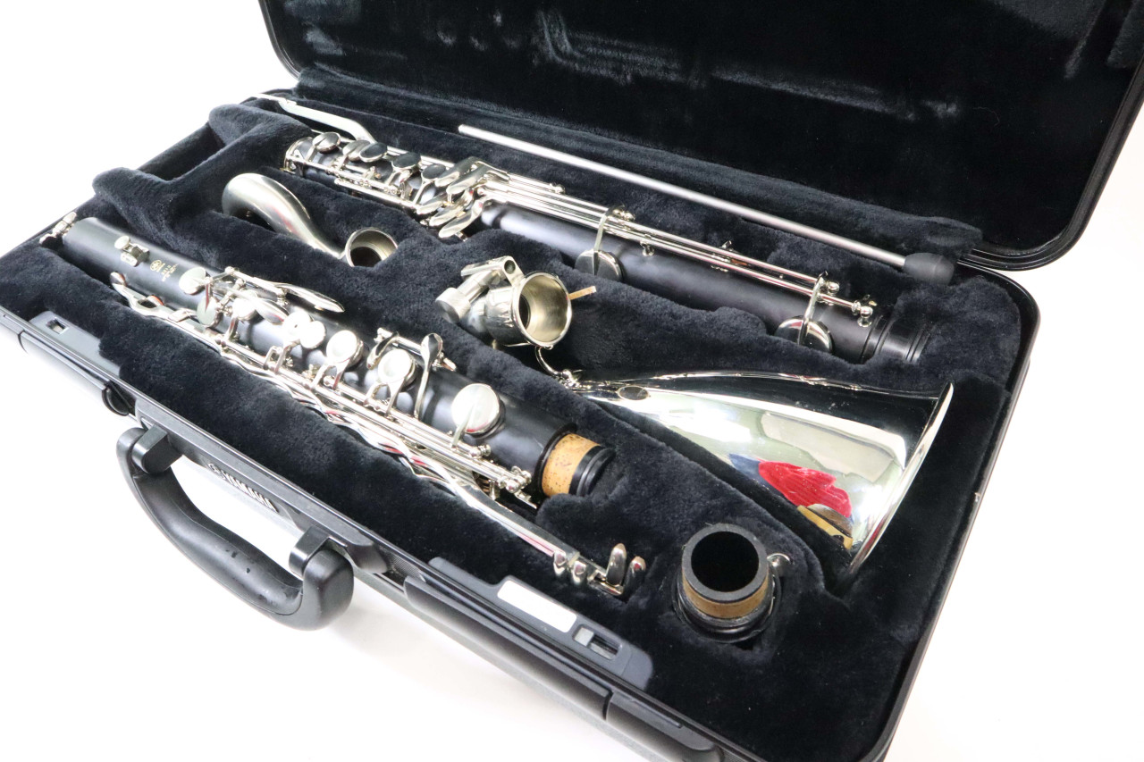 YAMAHA YCL-221IIS BASS CLARINET - RECONDITIONED 6