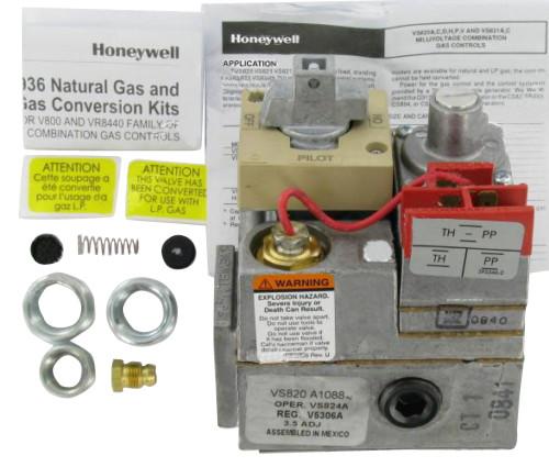 Honeywell VS820A1088 PowerPile Millivolt Gas Valve on