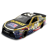 Lionel NASCAR Racing 1:24 Matt Kenseth HOTO 20 Dewalt Color Chrome 2016 Camary C206821DRMKCL