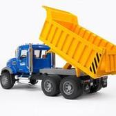 Bruder Mack Granite Dump Truck 02815