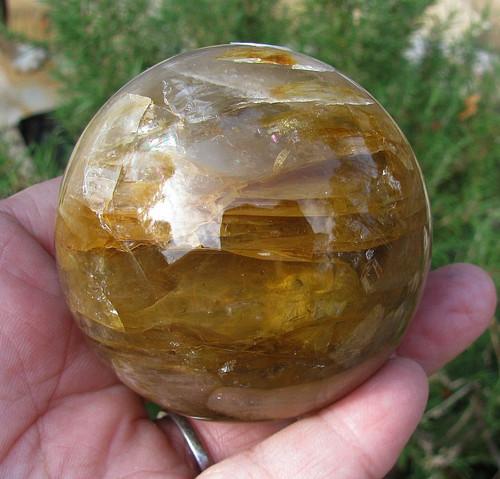 Hematoid Yellow Spheres