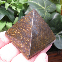 Medium Bronzite Pyramid