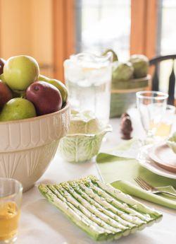 Vintage asparagus and cabbage majolica, vintage stoneware bowls
