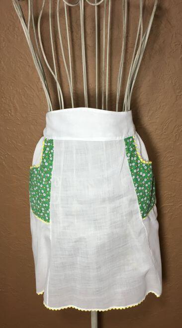 Vintage Half Apron White Green Floral Pockets Yellow Rickrack Trim