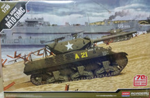 Academy 1/35 US Army M10 GMC 70th Ann. Normandy 1944 ACA-13288