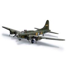 """REVELL BOEING B-17F """"MEMPHIS BELLE"""" 1:48"""