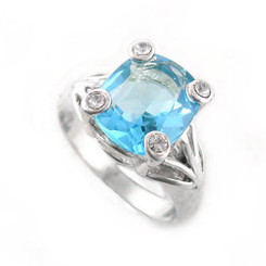 Sterling Silver Four Points Crystal Prongs Cocktail Ring, Blue