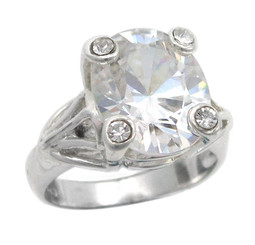 Sterling Silver Four Points Crystal Prongs Cocktail Ring, Clear