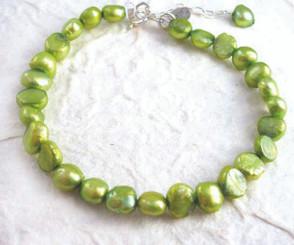 "Modern Cultured Freshwater Pearl Bracelet, 7.5"", Spring Green"