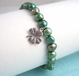 "Sterling Silver ""Irish Eyes"" Four Leaf Clover & Green Cultured Pearl Bracelet, 7.5"""