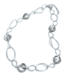 Sterling Silver Oval Link Round Charm Link Necklace