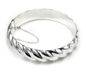 Twist Hinged Bangle Bracelet
