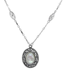 Twist Rope Scrollwork Necklace, Mother of Pearl