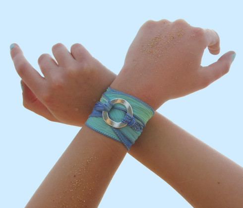 Circle Ribbon Wrap Bracelet Spell