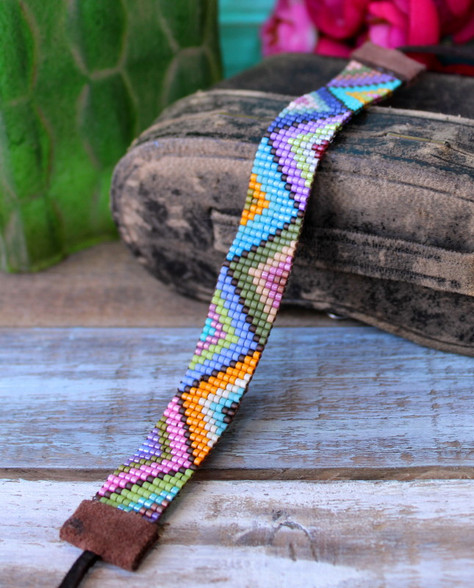 Hand Loomed Beaded Bracelet, colorful with zig zag chevron pattern bohemian boho chic handwoven artisan jewelry