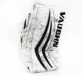 Regular - Vaughn V7 Pro XF Carbon White Blocker - Troy Grosenick San Jose Sharks