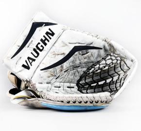 Regular - Vaughn V7 Pro XF Carbon White Glove - Troy Grosenick San Jose Sharks #4
