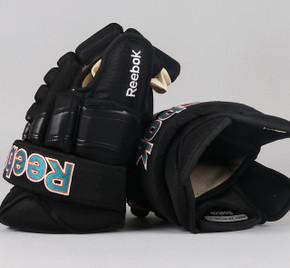 "15"" Reebok 852TXP Gloves - Taylor Doherty San Jose Sharks"
