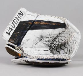 Regular - Vaughn Velocity VE8 Pro Carbon White Glove - Chad Johnson St. Louis Blues #2